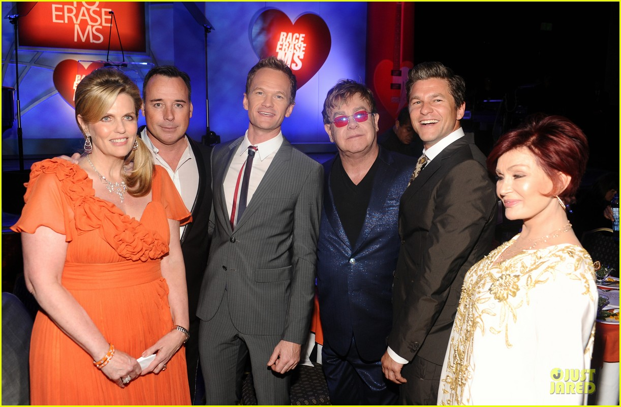neil patrick harris david burtka race to erase ms gala 05