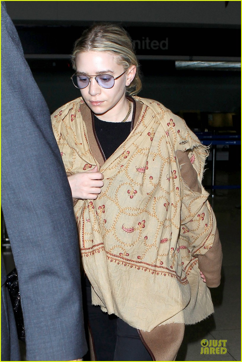 ashley olsen shopping trip after lax arrival 07