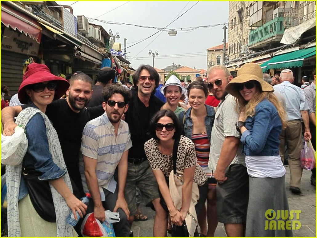 once upon a time lana parrilla engaged to fred di blasio 05