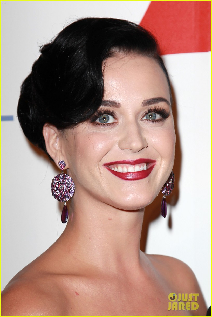 katy perry delete cancer gala kinky boots visit 25
