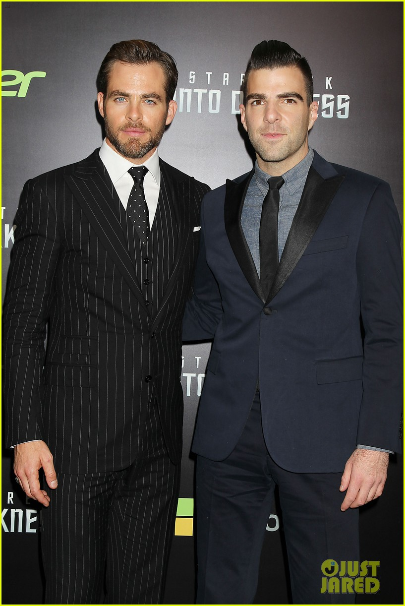 chris pine benedict cumberbatch star trek nyc screening 012867496