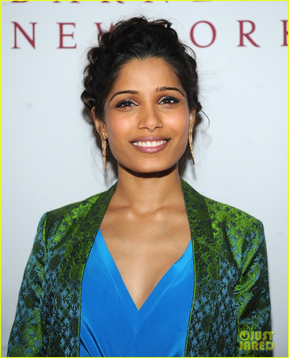 freida pinto maiyet varanasi silk capsule collection dinner 072867685