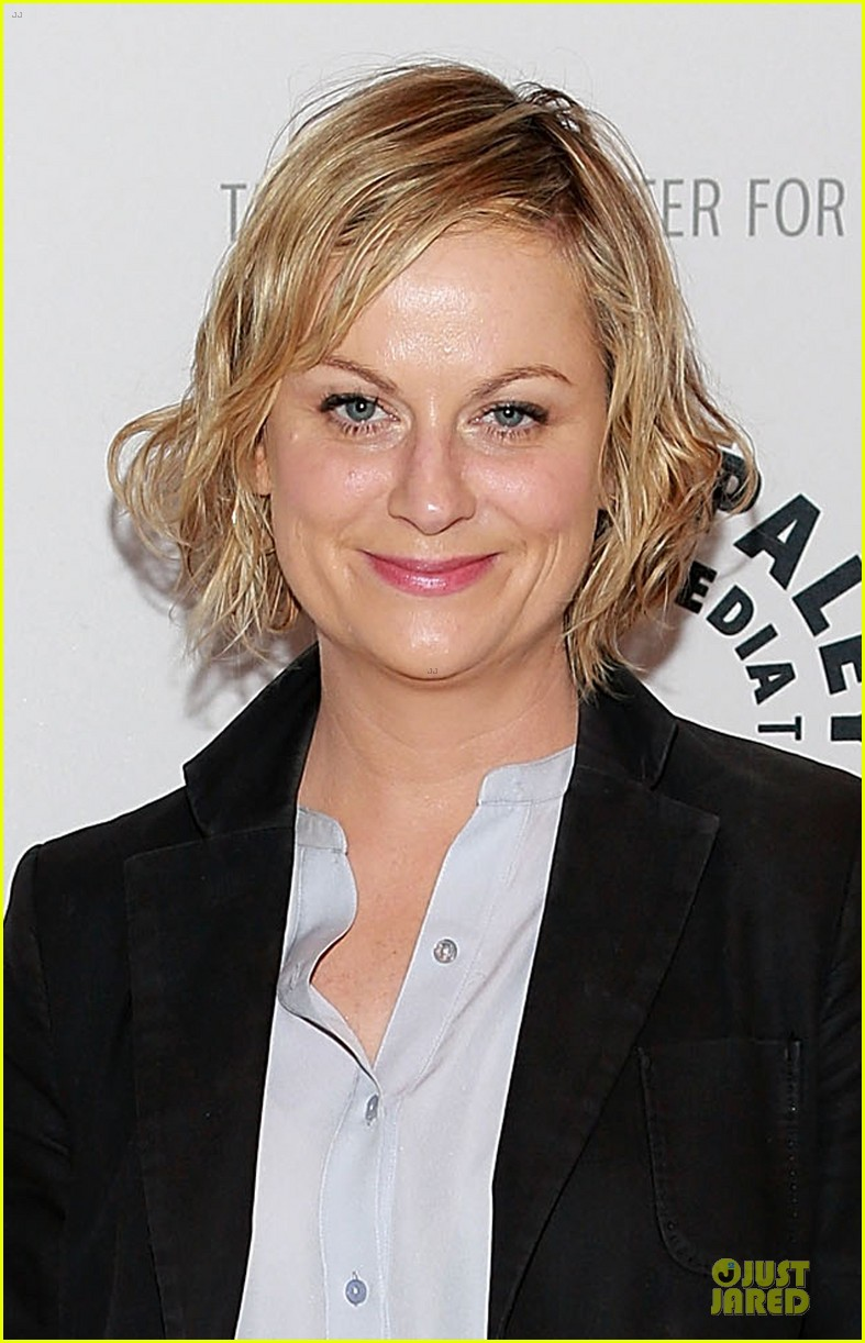 amy poehler seth meyers is an awesome choice for late night 04