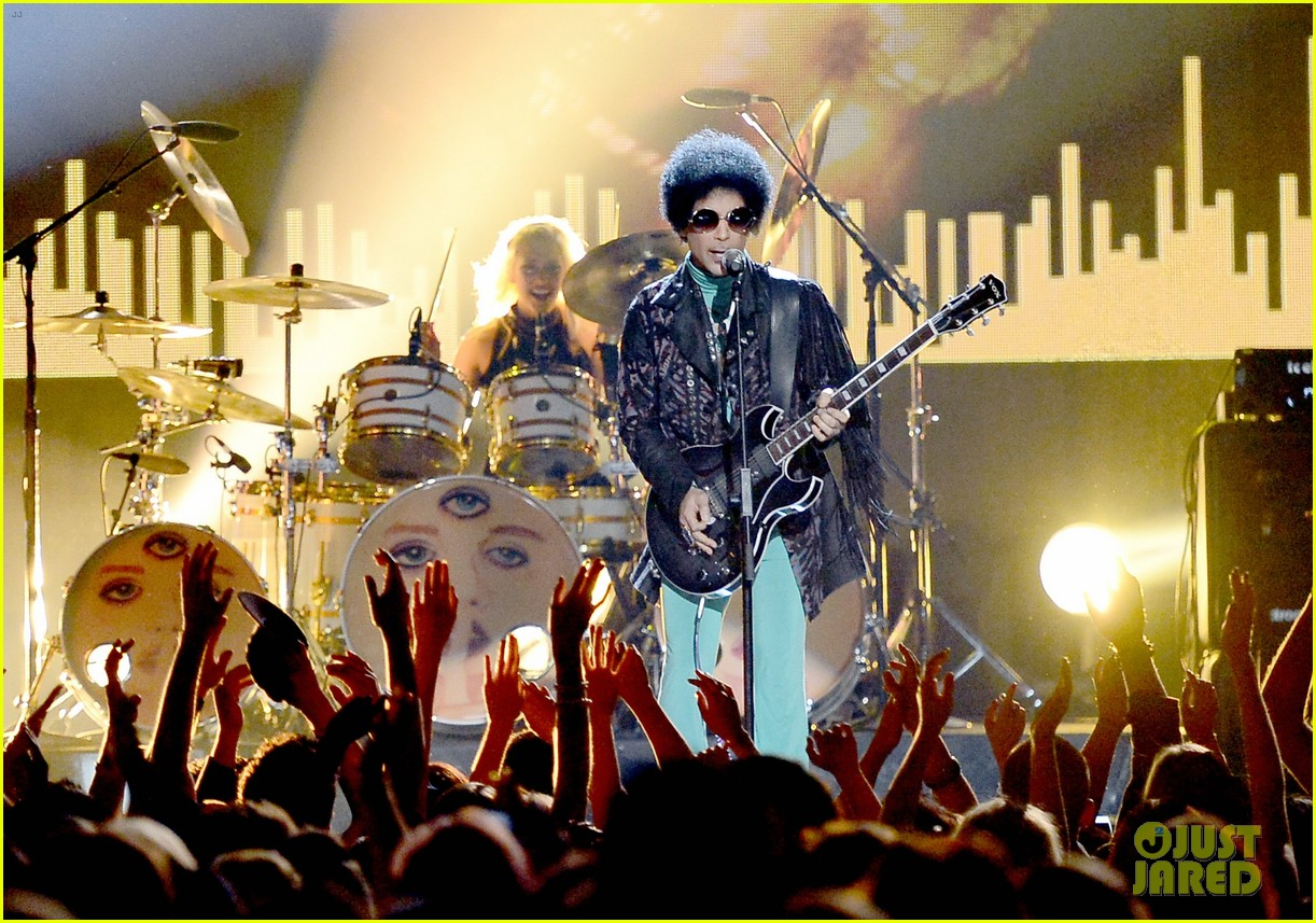 prince billboard music awards 2013 performance video 072874364