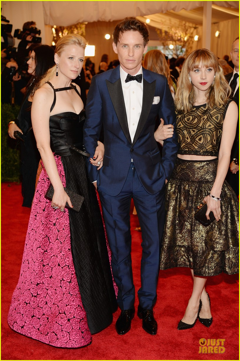 eddie redmayne mamie gummer met ball 2013 red carpet 052865810