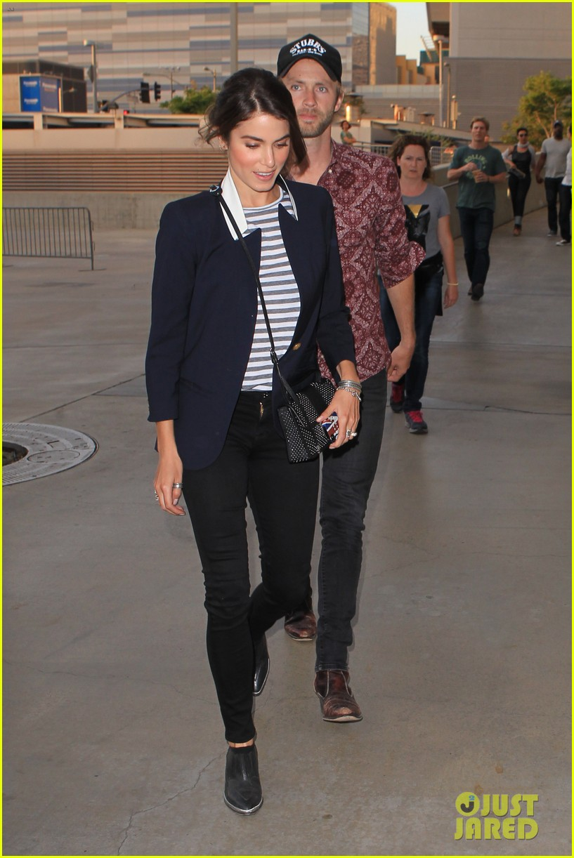nikki reed paul mcdonald rolling stones concert couple 09