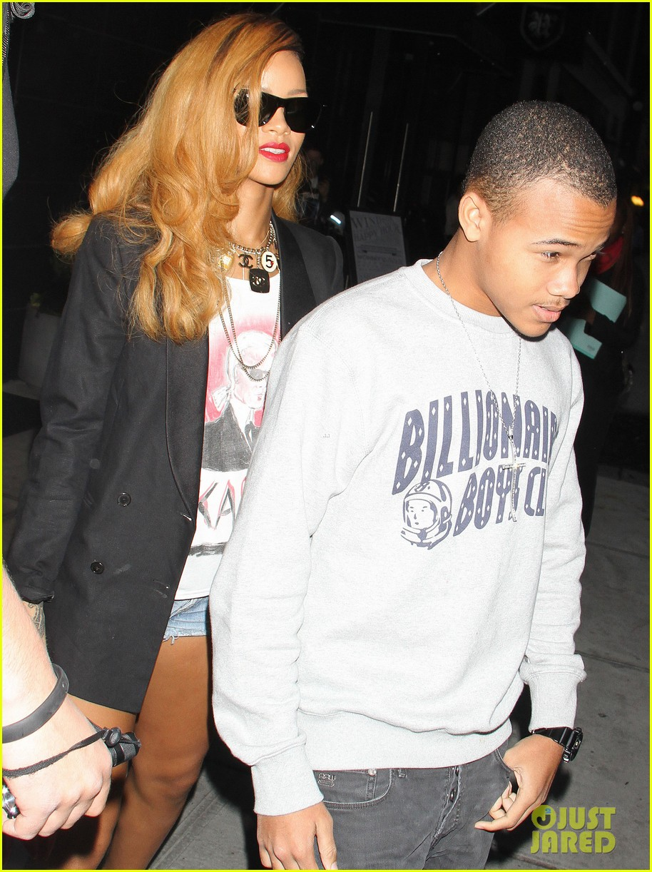 rihanna spends day with favorite guy brother rajad 07