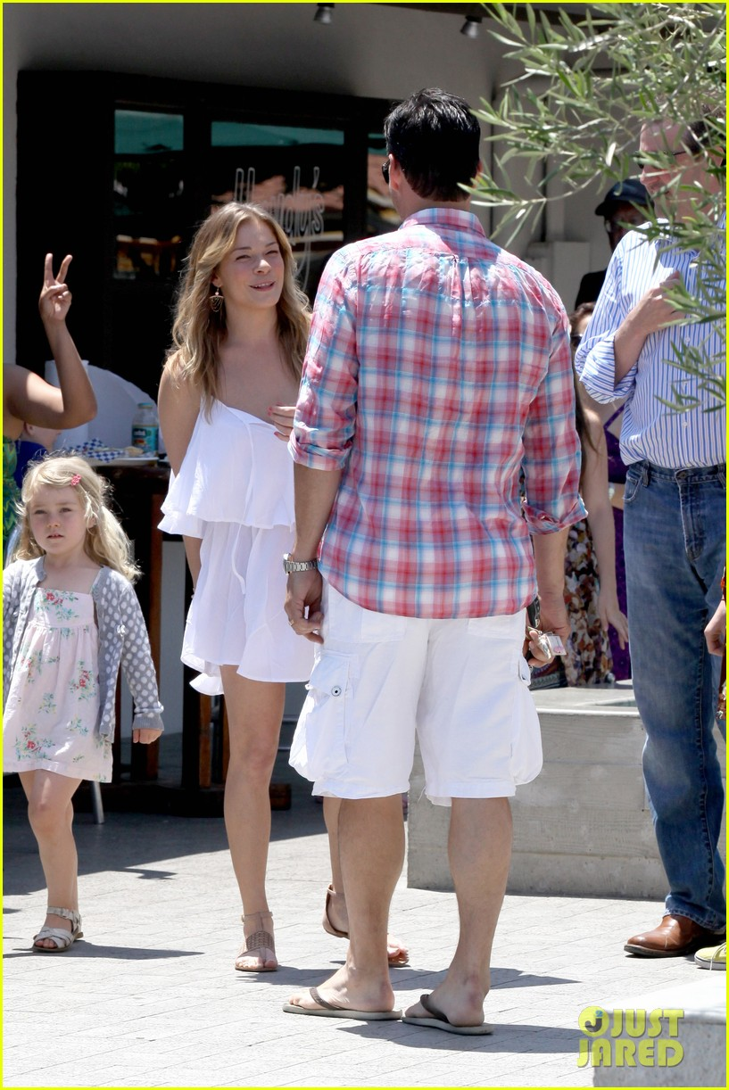 leann rimes eddie cibrian mothers day lunch parents 132869312