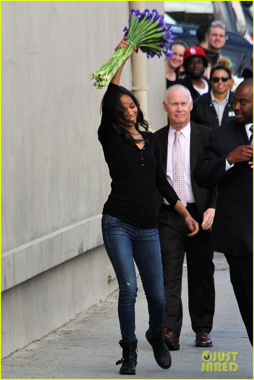 Zoe Saldana And Chris Pine Zoe Saldana W