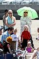 gwen stefani spends beach day with kingston zuma 20