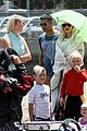 gwen stefani spends beach day with kingston zuma 24