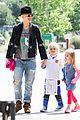 gwen stefani los angeles zoo bonding with zuma 34