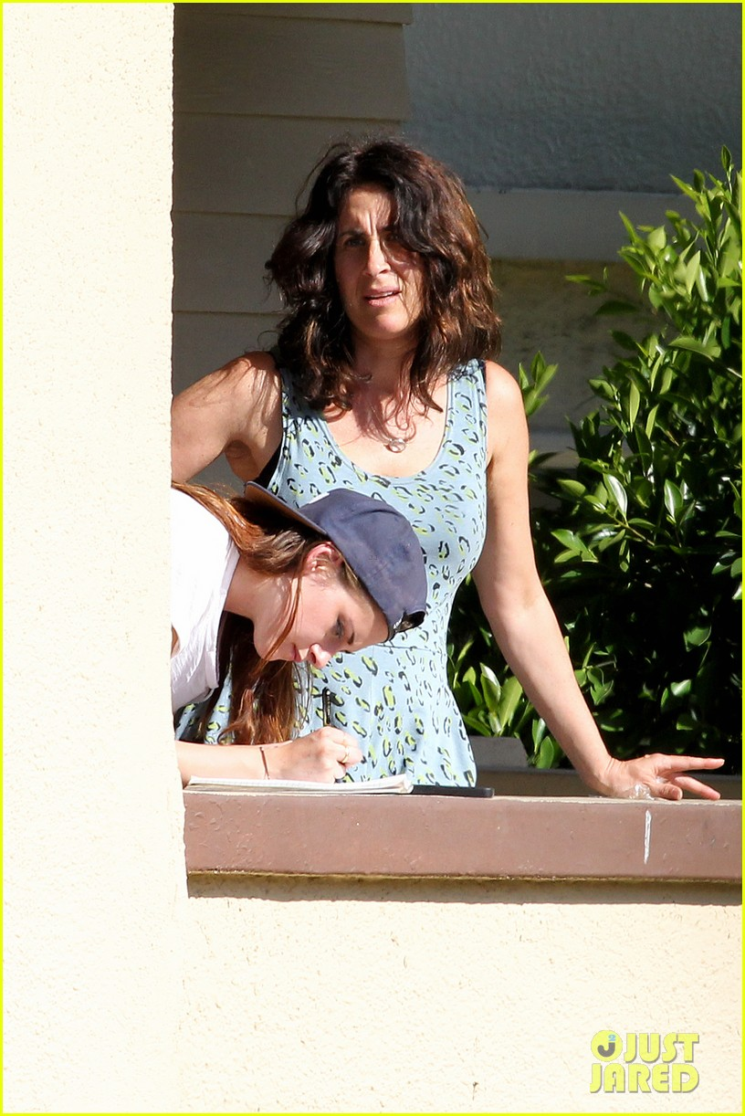 kristen stewart fender bender blues 05
