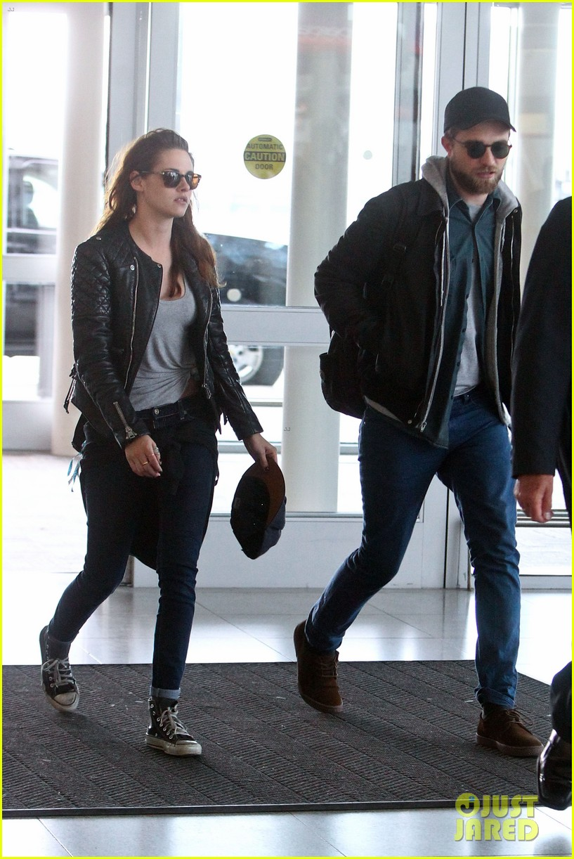 kristen stewart robert pattinson spotted together in nyc 122868168