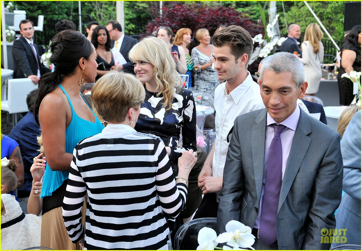 emma stone andrew garfield triple negative breast cancer foundation benefit 042875885