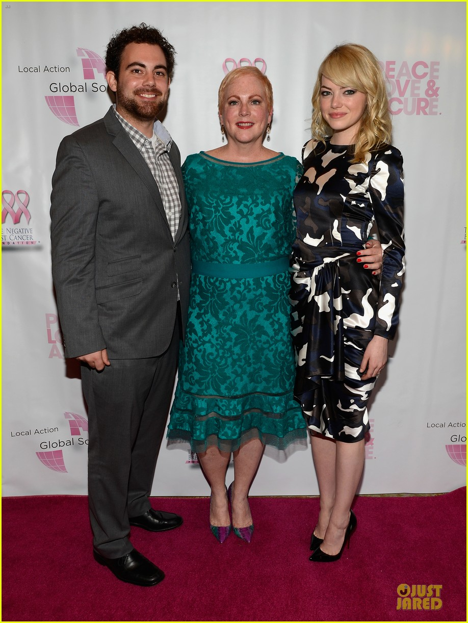 emma stone andrew garfield triple negative breast cancer foundation benefit 07