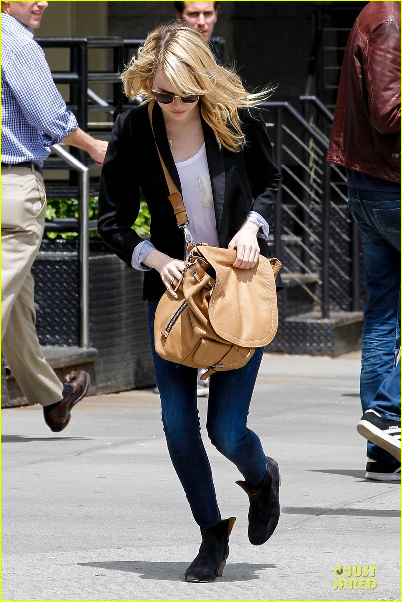 emma stone andrew garfield separate new york strolls 23