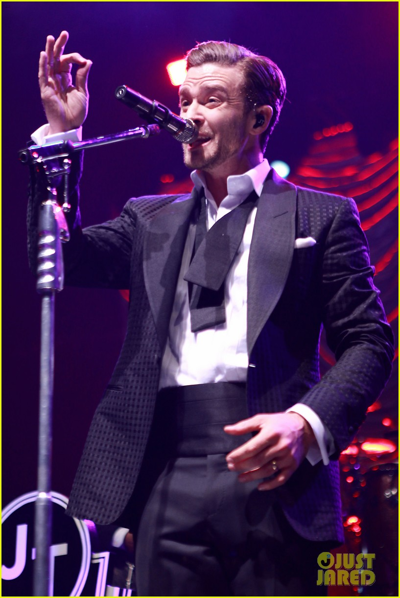 justin timberlake mastercard concert with jessica biel 25