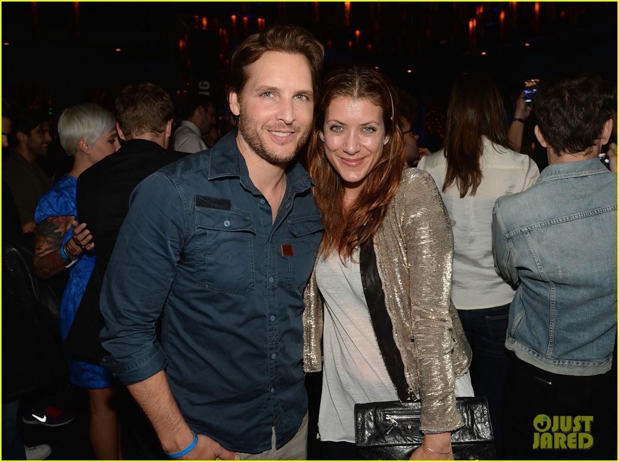 kate walsh peter facinelli samsung galaxy s launch 07