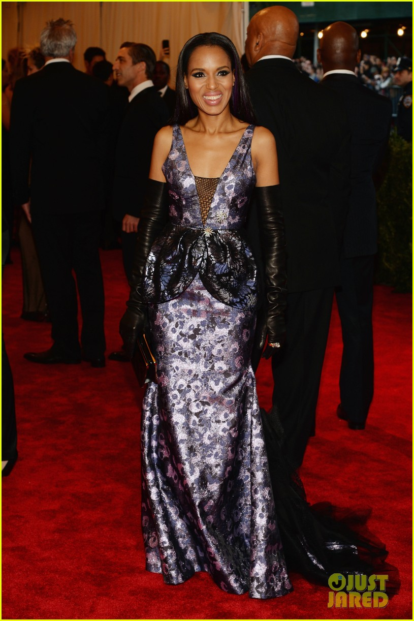 kerry washington met ball 2013 red carpet 052865186