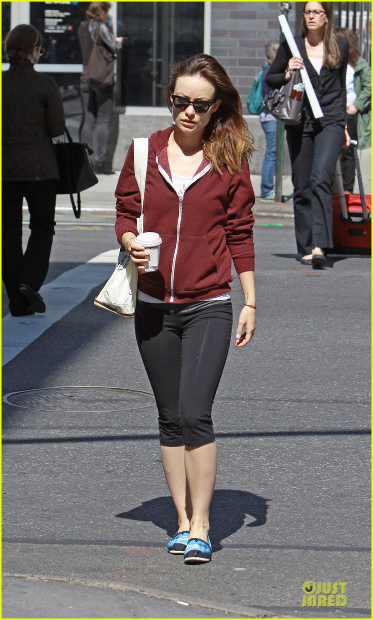 olivia wilde come hang out with emma stone 012863276