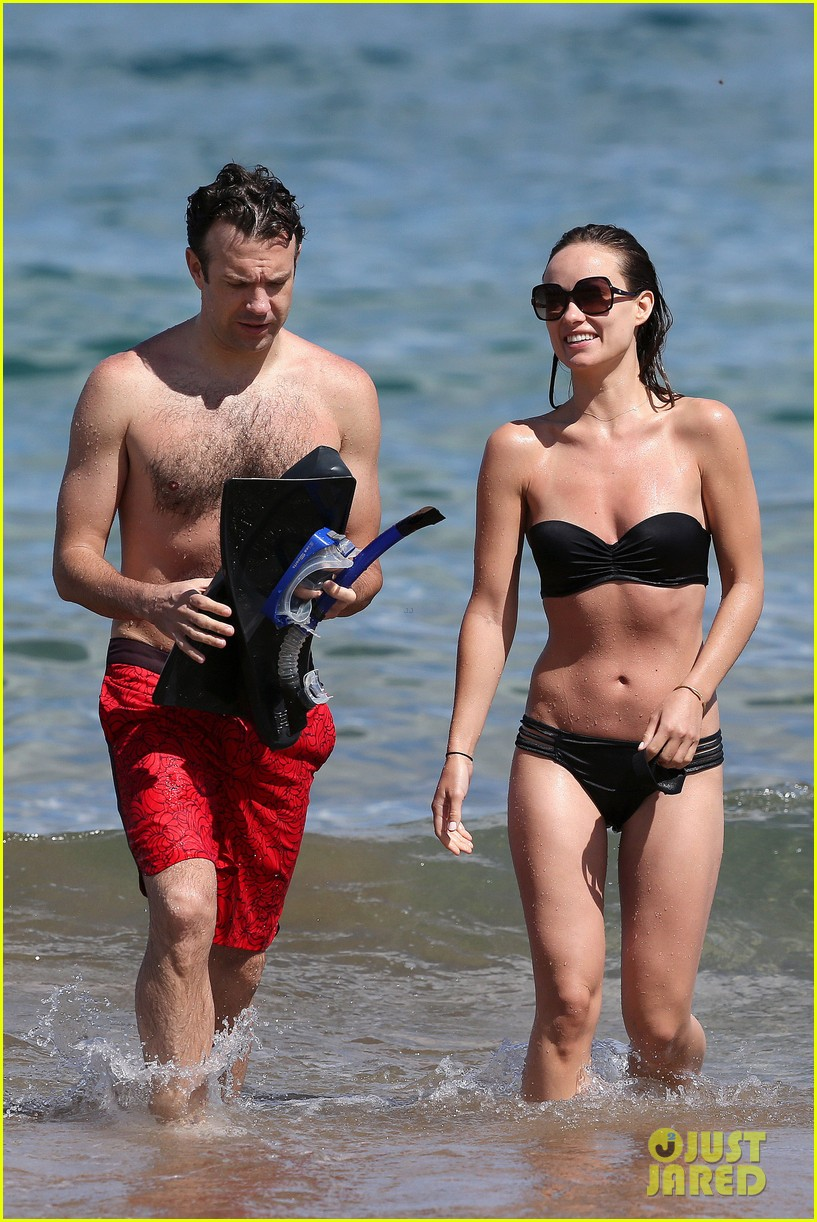 olivia wilde bikini vacation with shirtless jason sudeikis continues 14