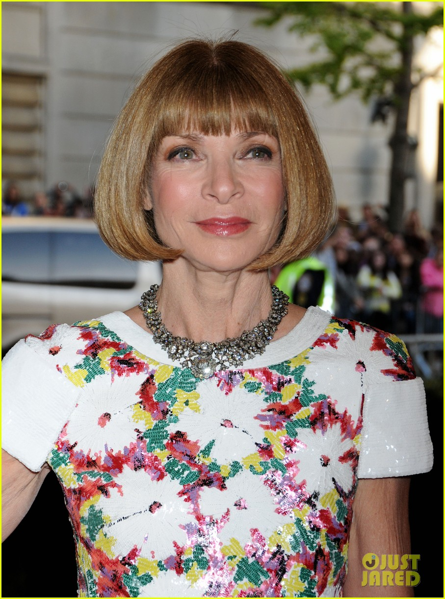 anna wintour met ball 2013 with bee shaffer 02