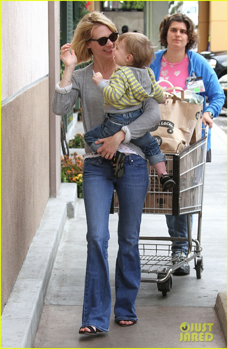 baby xander grabs mom january jones sunglasses 172867379