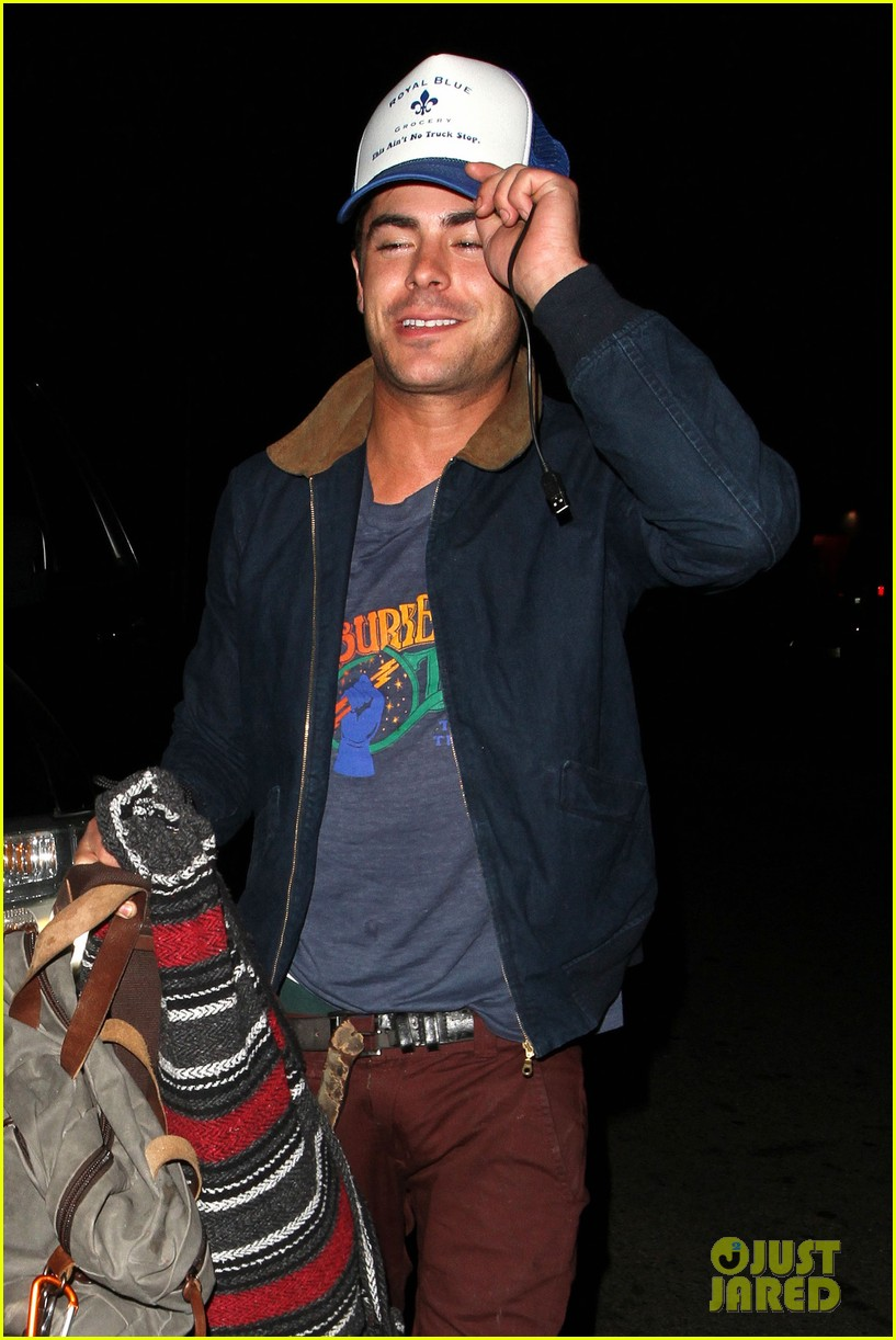 zac efron arrives at townies wrap party 07