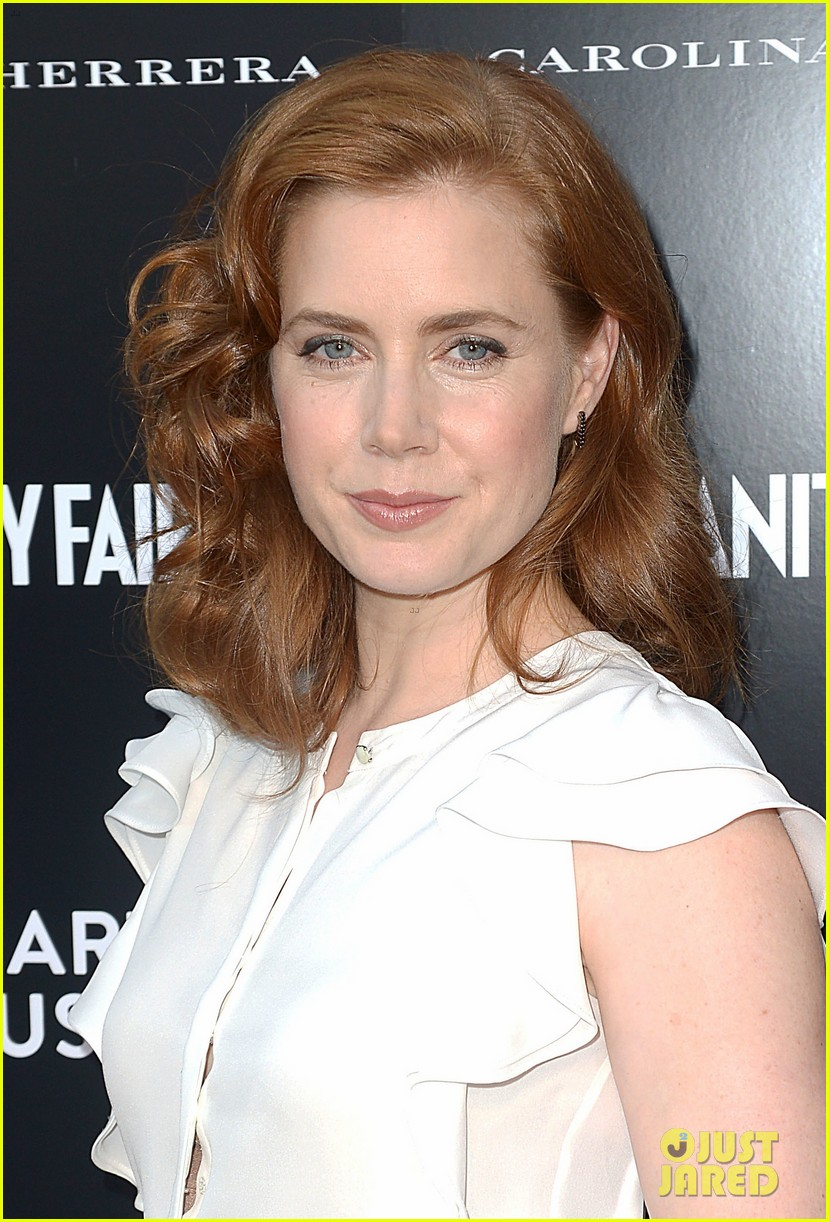 amy adams carolina herrera boutique opening 01