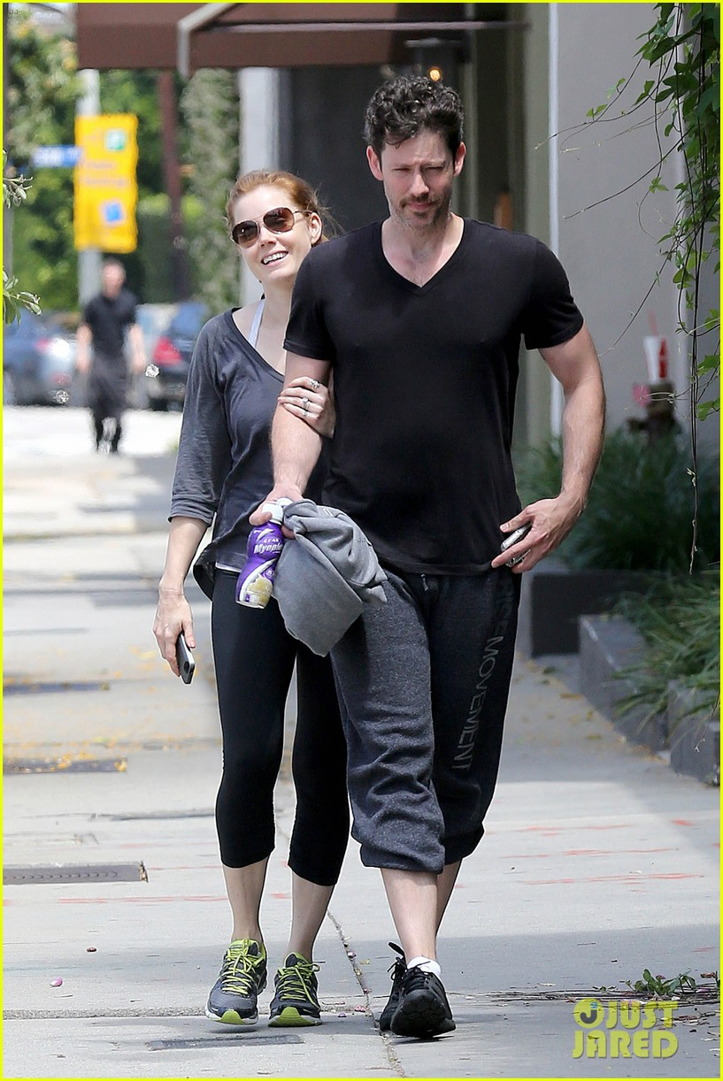 amy adams darren le gallo jet to nyc after beach trip 19 Amy Adams