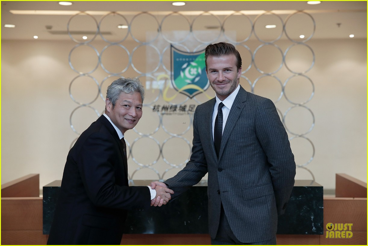 david beckham visits hangzhou greentown club victoria shops 202896333