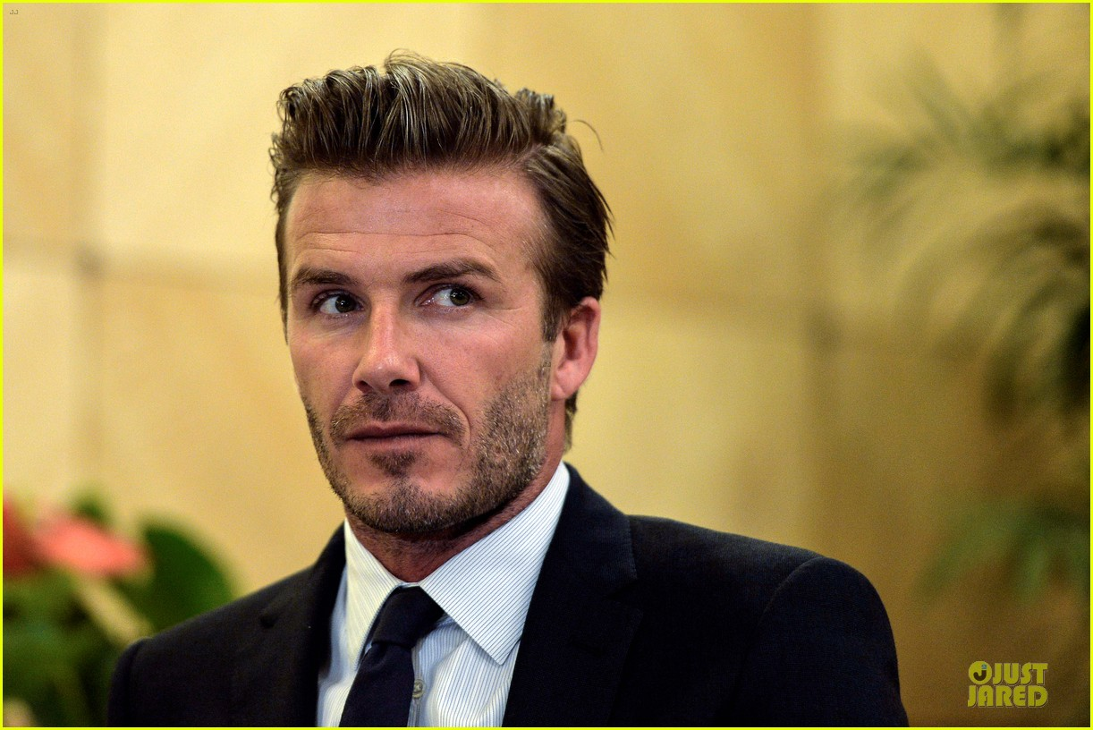 david beckham visits hangzhou greentown club victoria shops 24