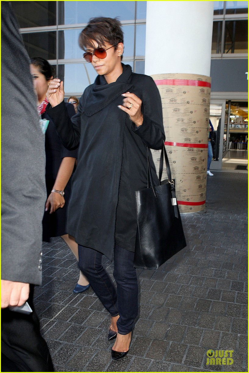 halle berry lax arrival after champs elysees film festival 172893422