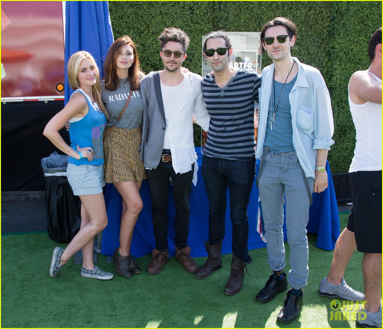 chloe bridges claudia lee just jared summer kick off party mcdonalds 19