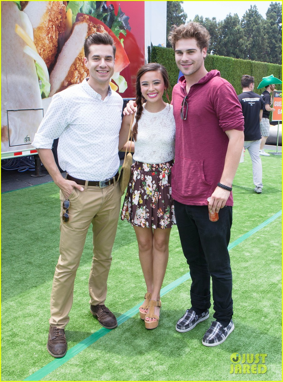 chloe bridges claudia lee just jared summer kick off party mcdonalds 30