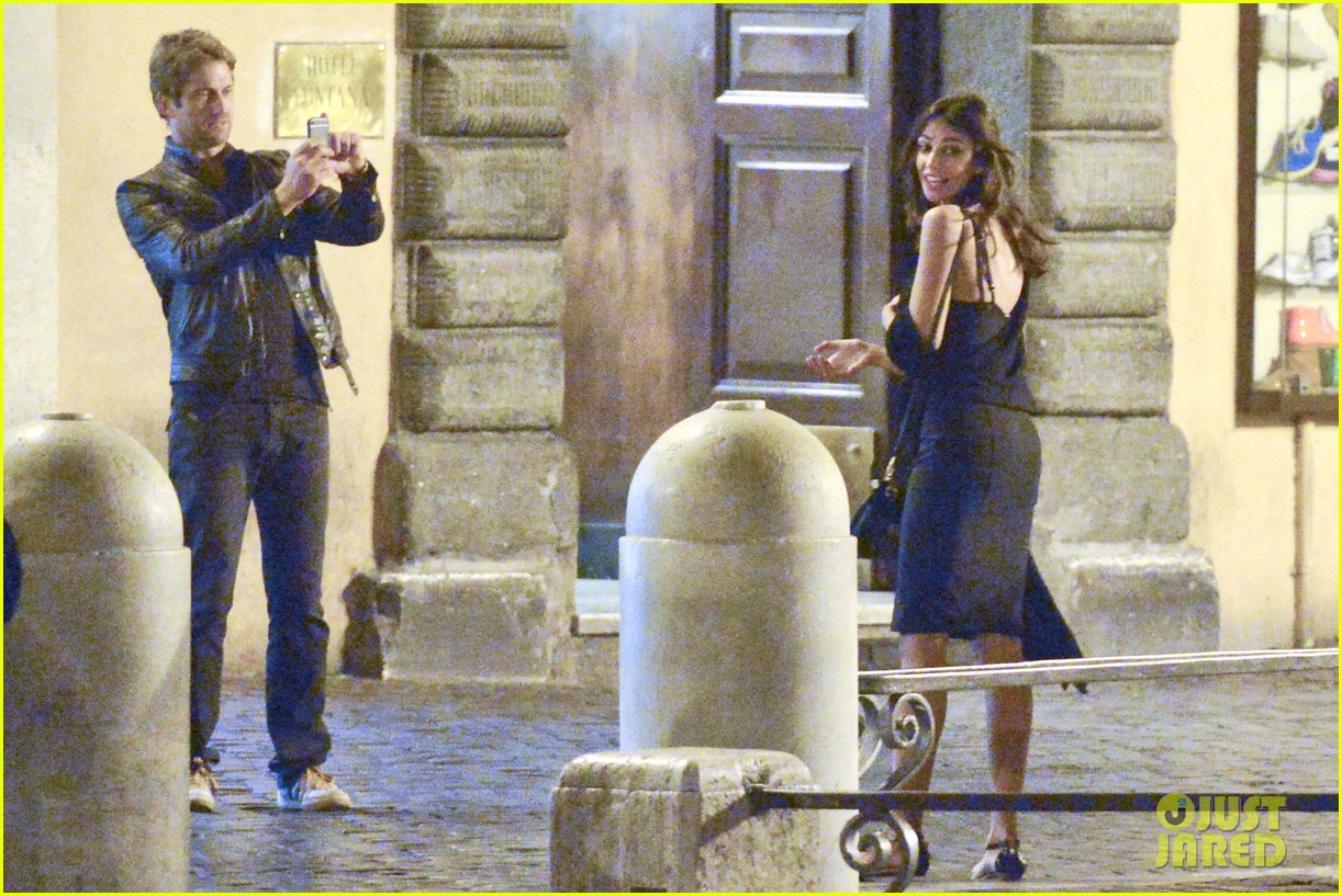 gerard butler rome night out with madalena ghenea 13
