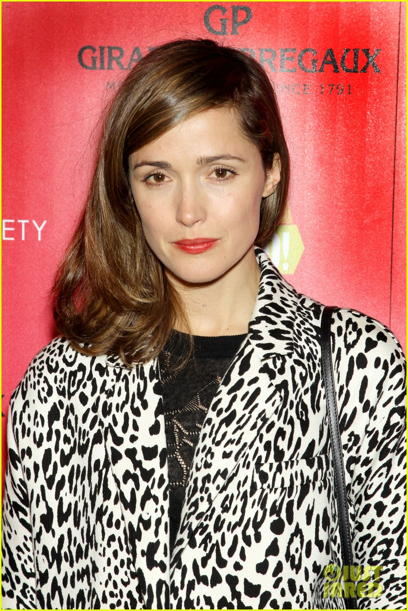 rose byrne im so excited premiere fallon appearance 04