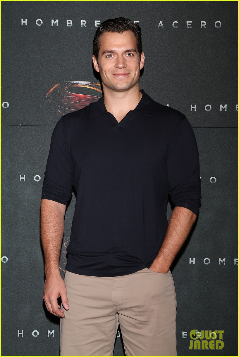 henry cavill man of steel mexico city photo call 05