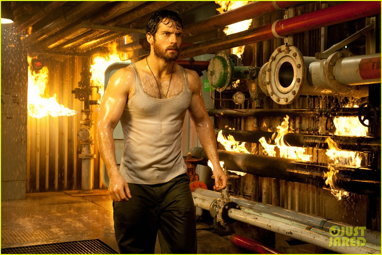 henry cavill man of steel in theaters now 05