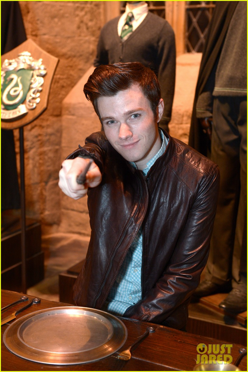 chris colfer harry potter studio tour in london 062895093