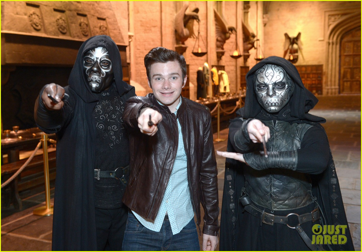 chris colfer harry potter studio tour in london 15