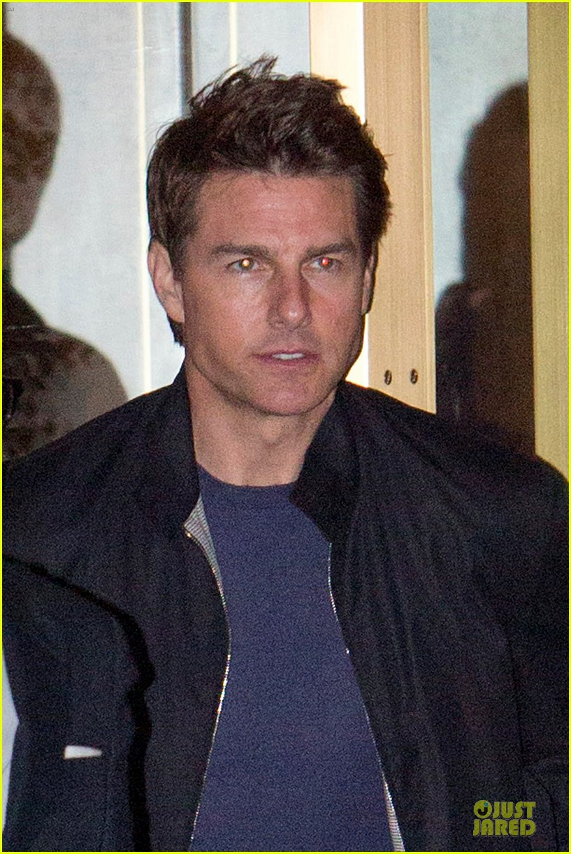 tom cruise jeremy renner sunset towers hotel dinner duo 022891831