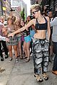 miley cyrus abs flashing sports bra 03
