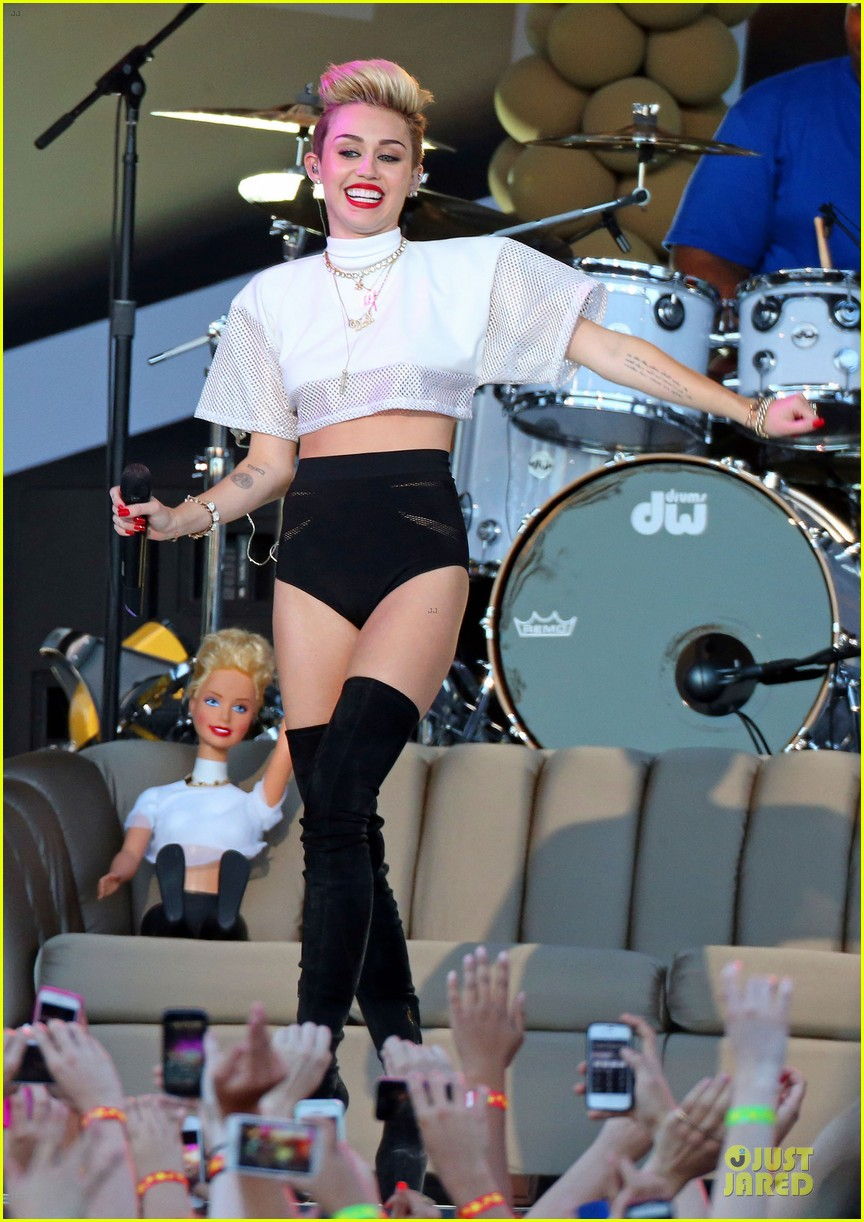 miley cyrus jimmy kimmel live performance watch now 182898634