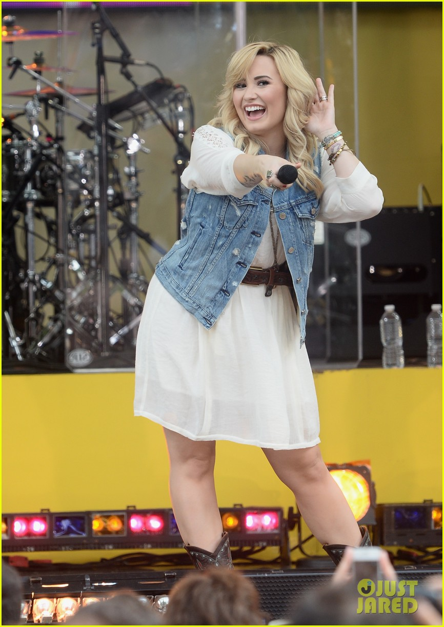 demi lovato good morning america summer concert performer 08