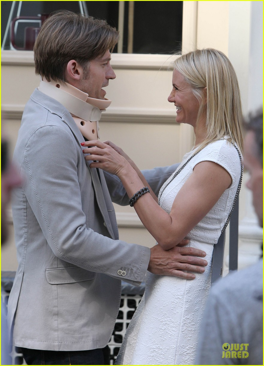 cameron diaz nikolaj coster waldau neck brace on other woman set 132895994