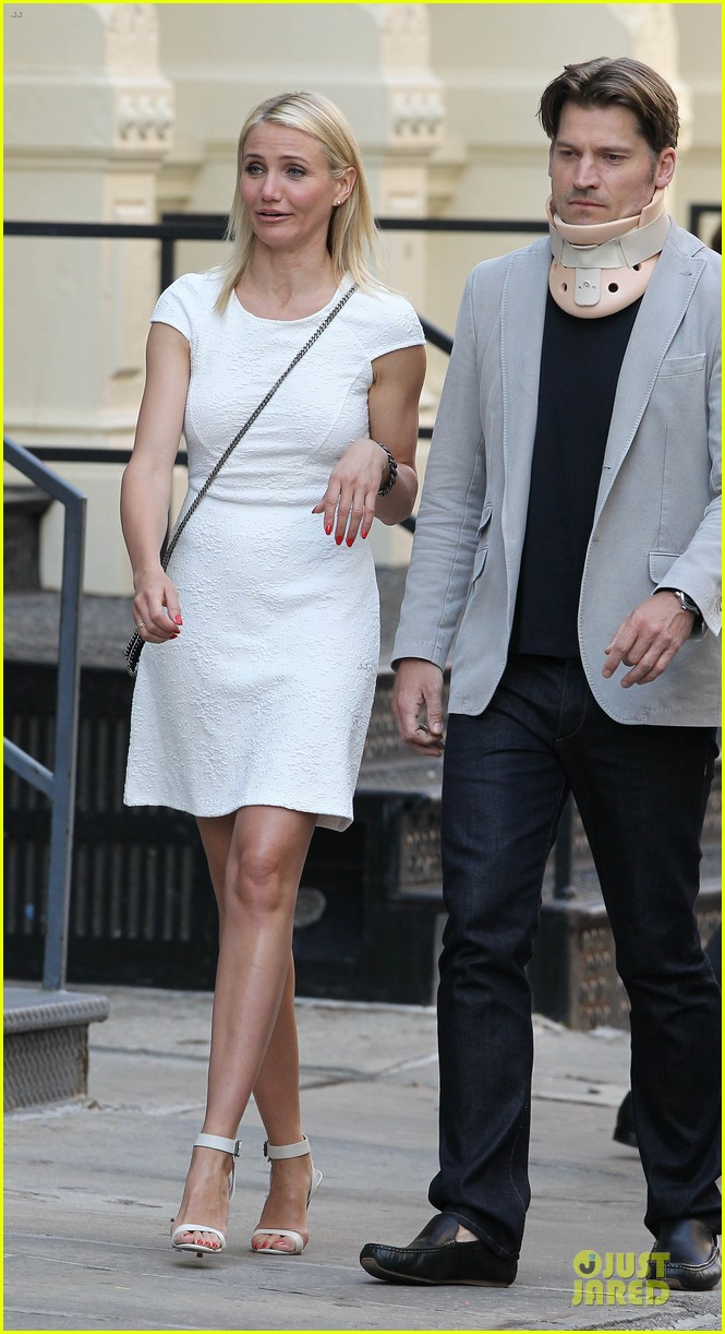 cameron diaz nikolaj coster waldau neck brace on other woman set 212896002