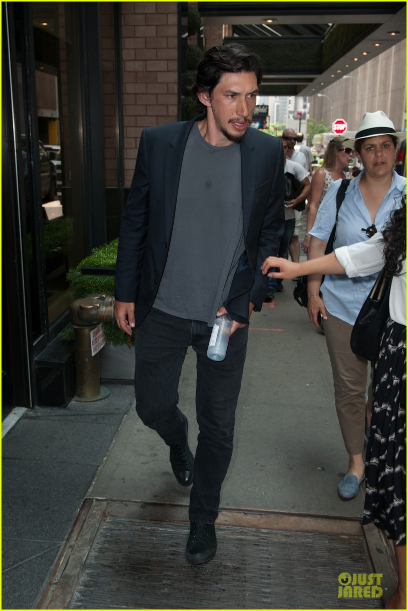 adam driver solo stroll after wedding photo 2897841