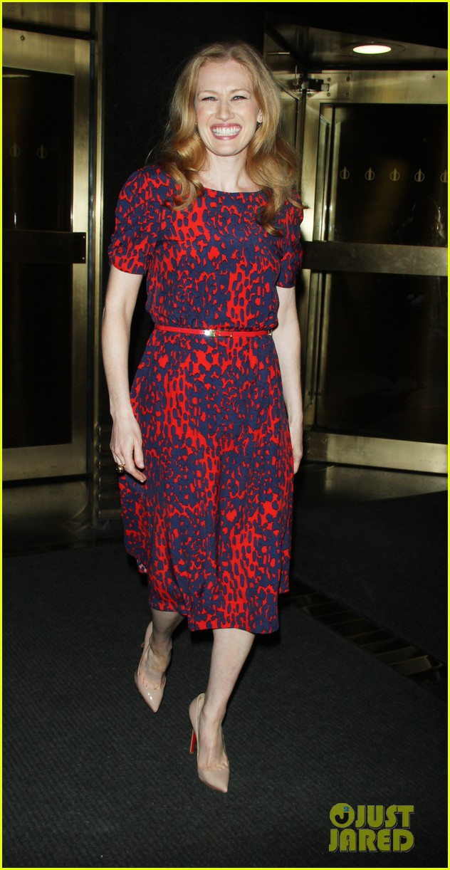 mireille enos world war z promo in new york 042893002